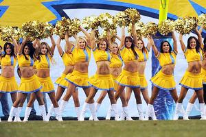 th_808002261_charger_girls_cheerleaders_