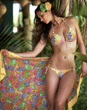 http://img23.imagevenue.com/loc457/th_56631_Unknown_SwimWear_PhotoShoot_11_123_457lo.jpg