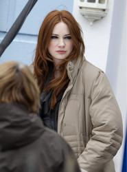 Карен Гиллан, фото 136. Karen Gillan - On The Set Of Doctor Who In Cardiff - 4/5/12, foto 136