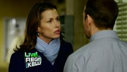 Bridget Moynahan - Regis & Kelly, March 17_2011, 720p mp4