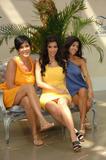 [IMG]http://img23.imagevenue.com/loc887/th_99843_celeb-city.org_Kim_Kardashian_Monte_Carlo_Television_Festival_06-10-2008_029_122_887lo.jpg[/IMG]