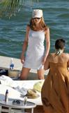 HQ's are up..... - HQs of Jennifer Aniston in Miami Beach, FL..... Foto 627 (Штаб являются до ..... - Штаб-квартира Дженнифер Анистон в Miami Beach, FL ..... Фото 627)